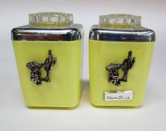 LustroWare Lustro Ware Souvenir Salt & pepper Shakers Olvera St. L.A.