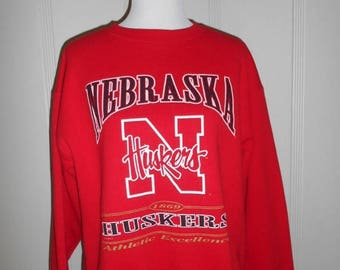 Closing Shop 40%off SALE Nebraska Huskies   College University    Red Sweatshirt sweat shirt   made in USA