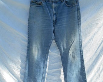 Closing Shop 40%off SALE 80s 90s Levis zip fly jeans Waist  W 36