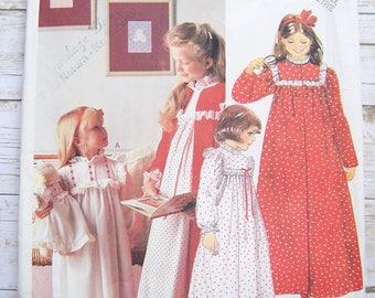 Mccalls 921 girls nightgown robe pattern small