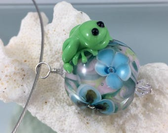lampwork pendant, frog necklace,  stainless steel,  lampwork frog, frog jewelry, glass frog, frog bead, floral lampwork, frog flowers bead