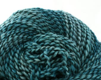 Middlefield Hand Dyed aran weight wool alpaca blend 200 yds 4oz Marine