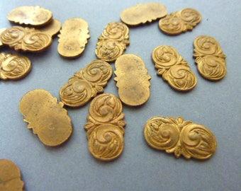 6 Die Struck Brass Antique Findings Ornate Scroll Victorian