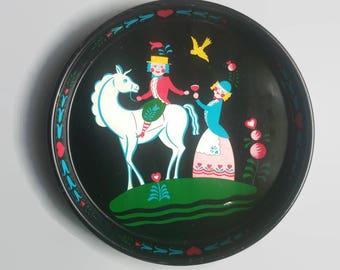 Vintage Dutch Art Tray with a Unicorn -  Vintage Tray -  Vintage Barware - Vintage Home Decor - Dutch Art  Metal Tray, Vintage Kitchen Decor