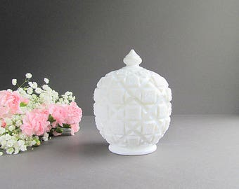 Vintage Milk Glass Covered Dish, Westmoreland Glass Dish, Quilt Pattern, Wedding Table Dish, Wedding Décor, Wedding Candy Bar Jar