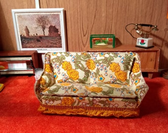 Vintage Lundby Nana Couch 1:16 scale