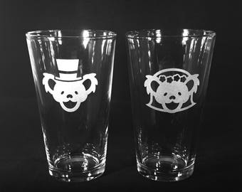 Grateful Dead Wedding Bride and Groom Beer Glass Sandblast Etched Pub Pint