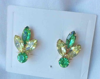 Vintage Mid Century Double Shades of Green Gold Tone Clip-On Earrings / Fifties CostumeJewelry by Fortune Jewelry