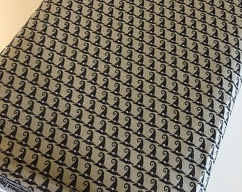 Halloween fabric, Hocus Pocus, Fabric Shoppe fabrics, Moda fabrics, Halloween Hats in gray Choose the cut