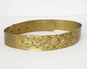 1970s Vintage Rare Brass Floral Embossed Bohemian Waist Belt Sz XS - L