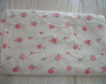 KING SIZE vintage shabby pink roses on white 100% combed cotton percale fitted sheet, cottage chic floral, lady pepperell, HTF hard to find
