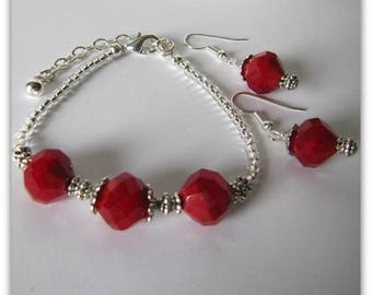 Red Bracelet and Earrings Set, 2 piece Jewelry Set, Dangle Earrings, Beaded Bracelet 61/2 to 8 1/2 inch,  Hand Jewelry, Gift boxed, Item1249