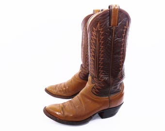 80's vintage TONY LAMA boots // Black Label // distressed cowboy boots // two tone western boots // women's size 9.5 or 10 // size 9 1/2