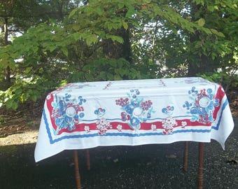 Vintage Mid Century Tablecloth 45x48 RV Decor Farmhouse Table Cloth 1950 Kitchen Deco Vintage Linens
