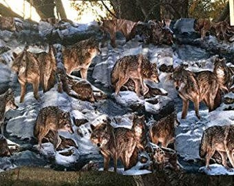 Gray Wolf Winter Snow Wildlife Animal Wolves Handcrafted Curtain Valance