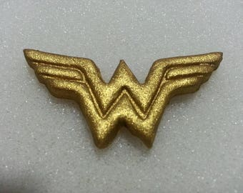 Wonder Woman Cupcake Toppers 1 Dozen Edible