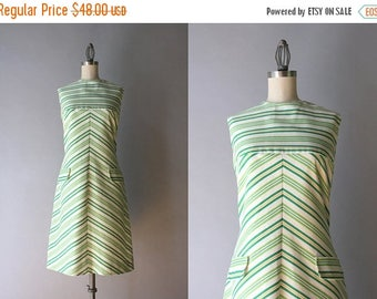 STOREWIDE SALE 1960s Dress / Vintage 60s Chevron Stripe Shift Dress / 60s Mod Cotton Sleeveless Dress S small S/M