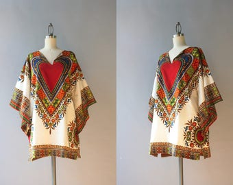 Vintage Dashiki Top / Vintage 1970s White Cotton Dashiki Shirt / Angel Sleeve Hear Print Dashiki L large