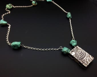 Turquoise and Sterling silver chain necklace with pendant