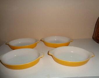 Vintage Pixie Pyrex Casseroles Set of 4