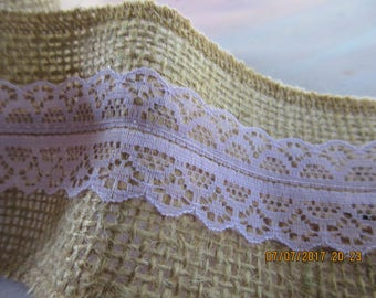 Roll of 2 7/8 Inch Wide Burlap Ribbon,  Serged , 8.5 yards, Centered Creamy lace,