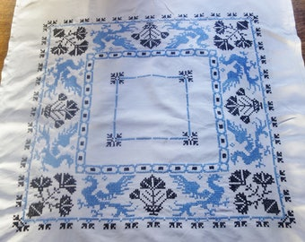 beautiful vintage hand embroidered blue dragon tablecloth34x34 inches