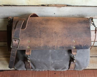 Leather Messenger Bag, Canvas Messenger Bag, Waxed Canvas Messenger bag, Laptop Bag, Computer Bag, Free Shipping, Messenger Bag, Crossbody