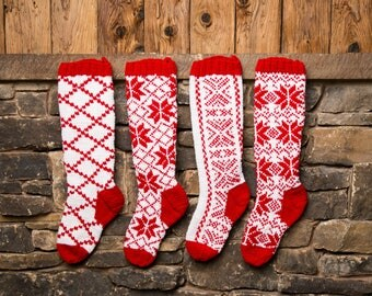 Christmas Stocking, Christmas Stocking Patterns, Christmas Stocking Design, Christmas Knitting, Red and white stocking, Criss Cross