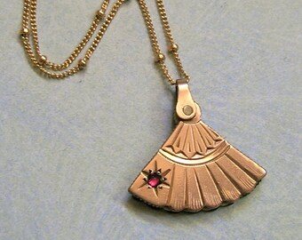 Antique Gold Filled Fan Fob Necklace, Old Sliding Fan Necklace, Antique Fan Fob Pendant Necklace (#L275)