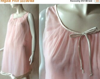 MOVING SALE Vintage babydoll negligee / night gown, in pale pink sheer fabric layered over silky fine jersey and trimmed in cream satin, 196
