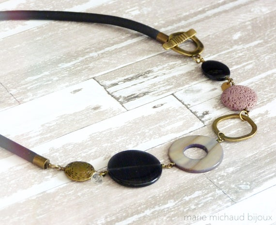 Short boho necklace,Short modern necklace,Short bold necklace,Bold necklace,Gray pink necklace,Rubber necklace,2018 necklace,Boho jewelry