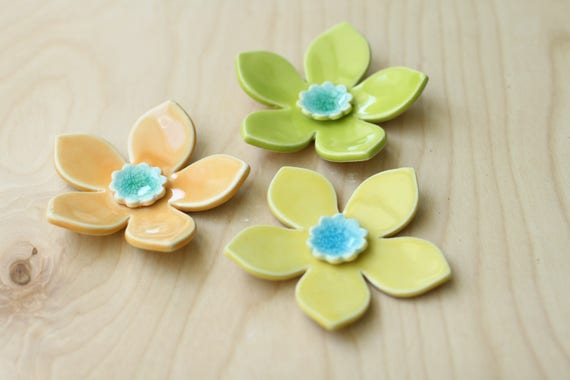 retro hanging wall flowers, set of 3