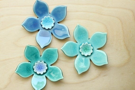 hanging wall flowers, set of 3 in aquas