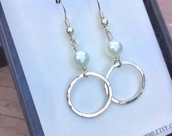 White Pearl Earrings, Freshwater Pearl Earrings, Bridesmaids Gift, Bridal Earrings, Infinity Earrings