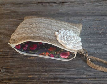 Bridesmaid Clutch, Maid of Honor Gift, Bridesmaid Gift Ideas, Flower Girl Gift, Burlap and Lace Clutch, Burlap Bag, Bridal Clutch, Wristlet