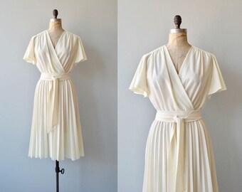 Seventies Year Itch dress | vintage 1970s dress | cream 70s wrap dress