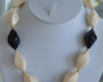 "On sale Pretty Vintage Black, Cream, Gold tone Plastic Beaded Necklace, 20"""