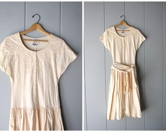 Vintage 80s Pale Peach Dress Simple Cotton Midi Dress Cap Sleeve Summer Day Dress Floral Cutwork Dress Side Pockets Womens Small Medium