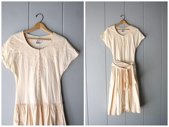 Vintage 80s Pale Peach Dress Simple Cotton Midi Dress Cap Sleeve Summer Day Dress Floral Cutwork Dress Side Pockets Womens Small Medium