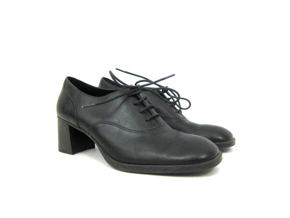 Black leather oxfords Chunky lace up librarian shoes Preppy Heel Work Shoes 1990s Tie Shoes Women's Dress Shoes Size 8