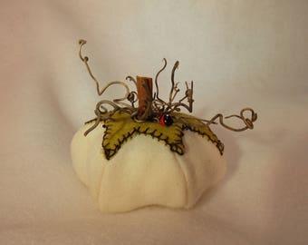 Felted Wool Pumpkin~Handmade Wool Pumpkin~Felted Harvest Pumpkin~Decorative Felted Pumpkin~Pumpkin Pin Cushion