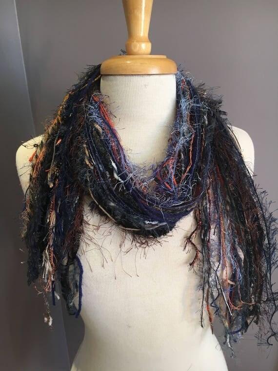 Fringie art yarn Scarf, Bon Jour, Knotted handmade Scarf, black blue rust fringe scarf, fashion, accessories, boho mode, artwear, petite
