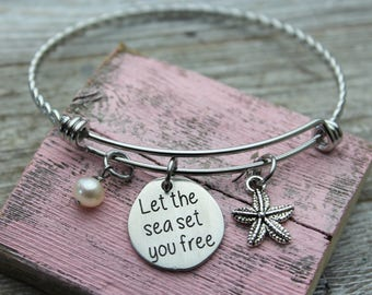 Let the sea set you free Bangle Bracelet