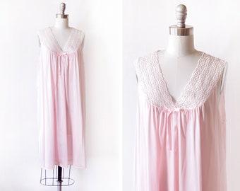pink nightie, vintage 90s nightgown, 1990s babydoll slip dress, Vanity Fair lace peignoir lingerie, medium