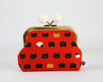 Metal frame coin purse with color bobble - Mini Neko cats on red - Color dad / Japanese fabric / rusty orange metallic gold black white