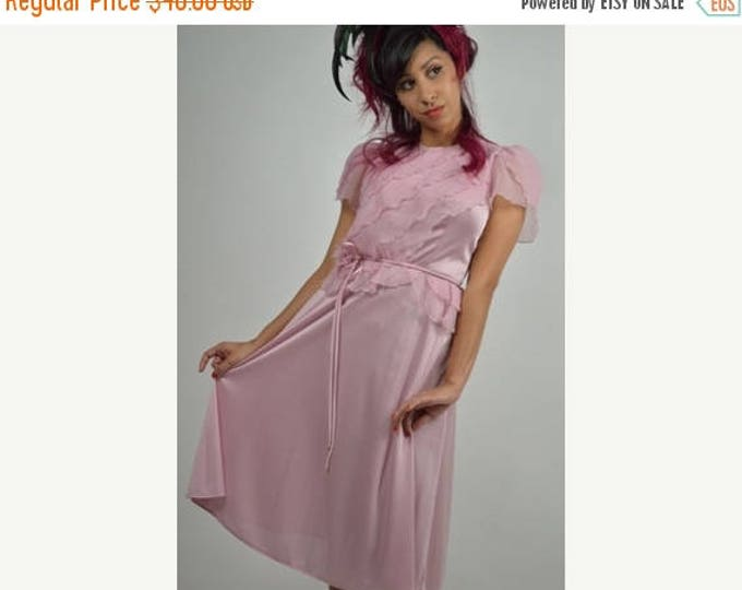 sale Pink Dress, Summer Dress, Junior Wedding Party Dress, 1970s Dress, 1930s  Style  Dress, Vintage Dress, 70s Dress, Disco Dress,