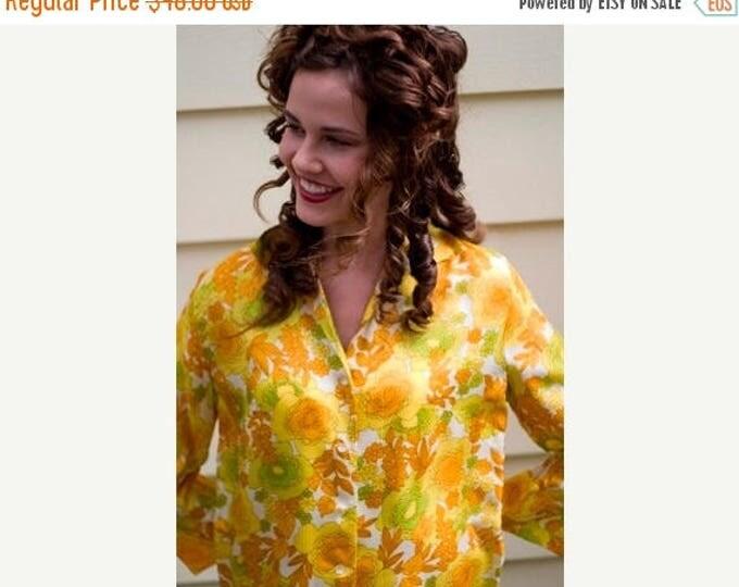 sale Vintage Blouse, 60s Blouse, Yellow Blouse, Rayon Blouse, Floral Blouse, Long Sleeve Blouse, Mod Shirt, Floral Top, Preppy Top, Office B