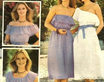 ChristmasinJuly Vintage 70s Butterick 5455 UNCUT Misses Strapless or Off Shoulder Peasant Dress Sewing Pattern Size Small Bust 31.5-32.5
