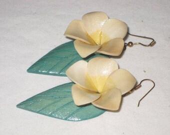 vintage 1970s Plumeria Earrings in Palest Yellow