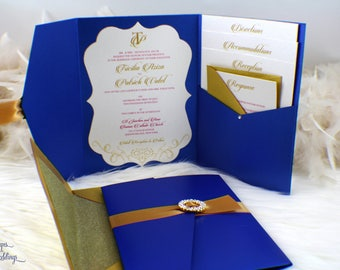 Royal Blue and Gold Wedding Invitation Suite / Pocket Wedding Invitation / Round Broach / Buckle / Elegant / Classy / Beautiful / Glitter